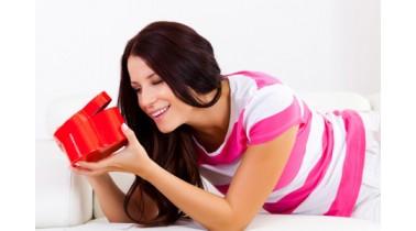 خرید کادو تولد برای دختر خانم ها